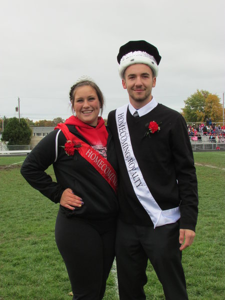 RHS crowns homecoming heroes