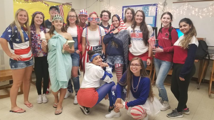 Students%2C+staff+show+patriotism+for+USA+day