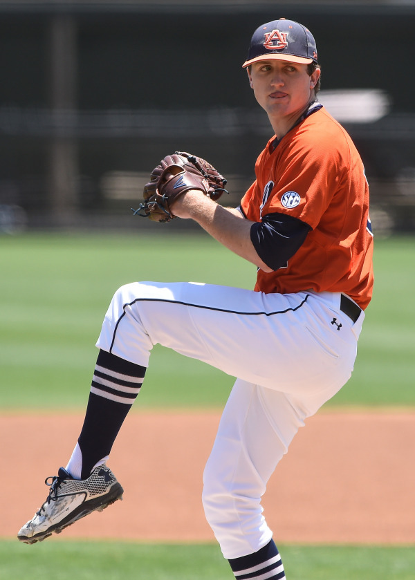 Casey Mize is drafted to the Tigers in the first round pick.
