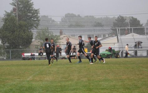 Boys soccer kicks their way to a victory