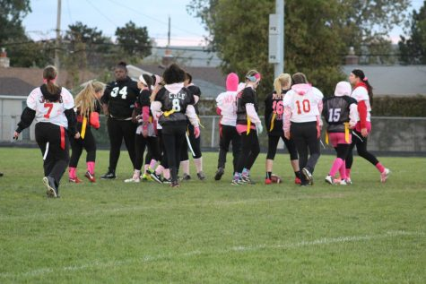 Seniors grab another win in the 2018 powderpuff game