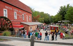 RHS clubs spend fall day at cider mill