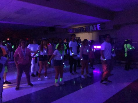 "Student Assembly puts on its first ever ""Glowcoming"""