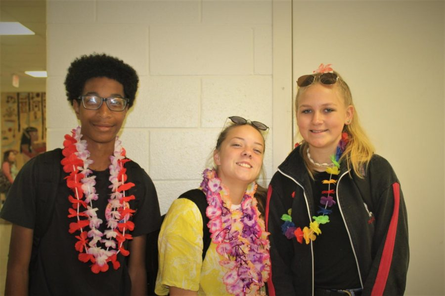 Sophomore Myles Spencer-Walker and juniors Julia Mulder and Camillia Matyszewski dress up for Bora Bora beach day.