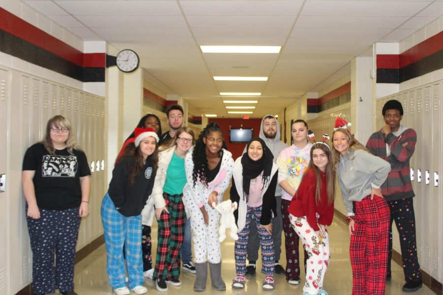 News+and+Broadcasting+students+show+their+spirit+by+participating+in+pajama+day.